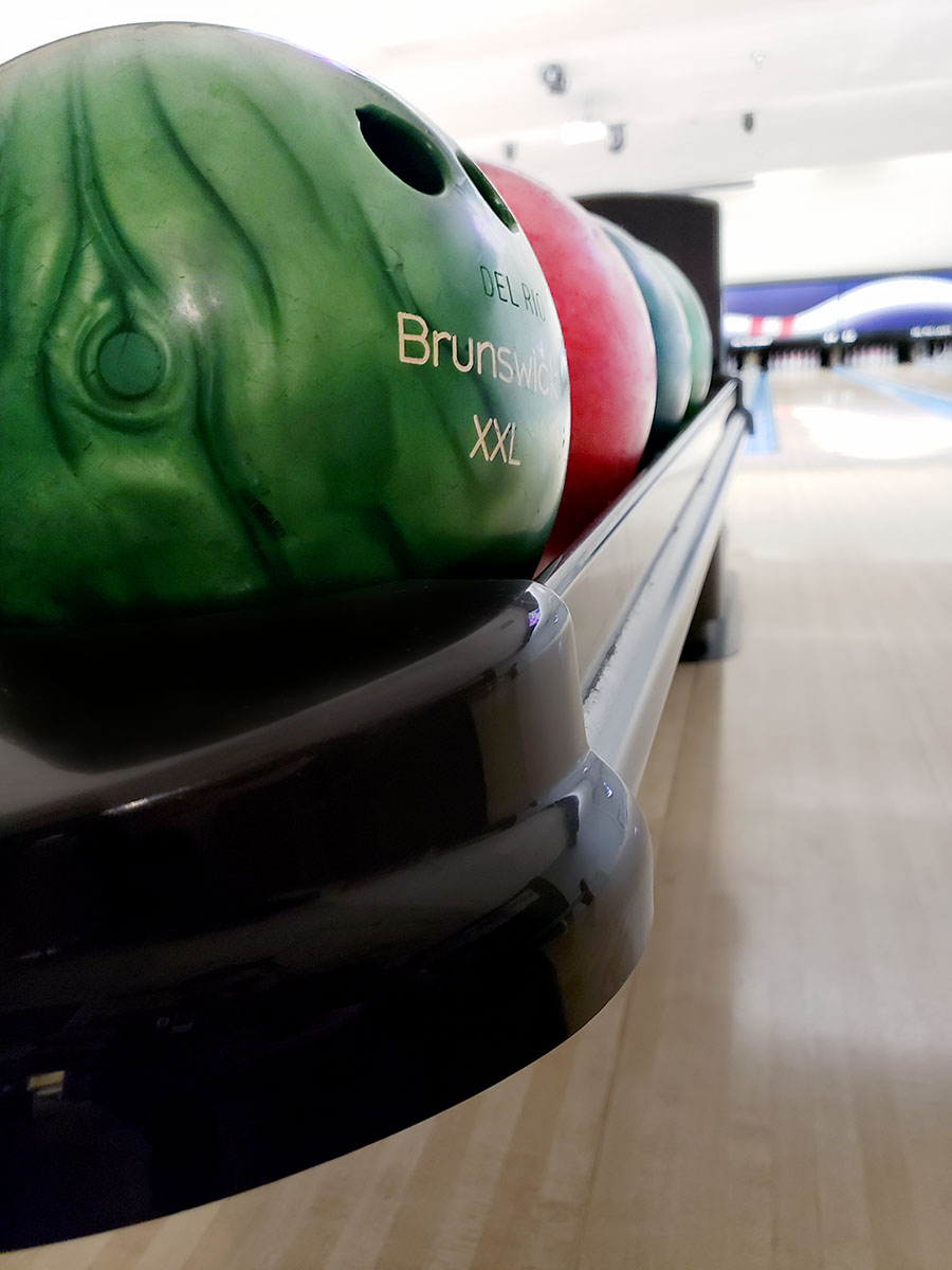 Del Rio Lanes bowling lane